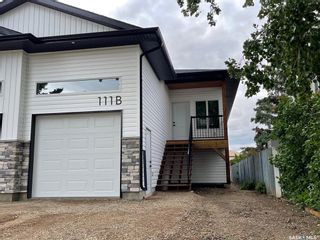 Photo 1: 111B 7th Avenue North in Warman: Residential for sale : MLS®# SK859641