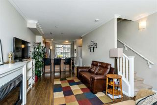 """Photo 3: 118 19505 68A Avenue in Surrey: Clayton Townhouse for sale in """"Clayton Rise"""" (Cloverdale)  : MLS®# R2437952"""