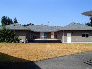 Photo 2: 10038 March Rd in : Du Honeymoon Bay House for sale (Duncan)  : MLS®# 870328