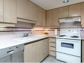 """Photo 8: 3002 183 KEEFER Place in Vancouver: Downtown VW Condo for sale in """"Paris Place"""" (Vancouver West)  : MLS®# V1079874"""