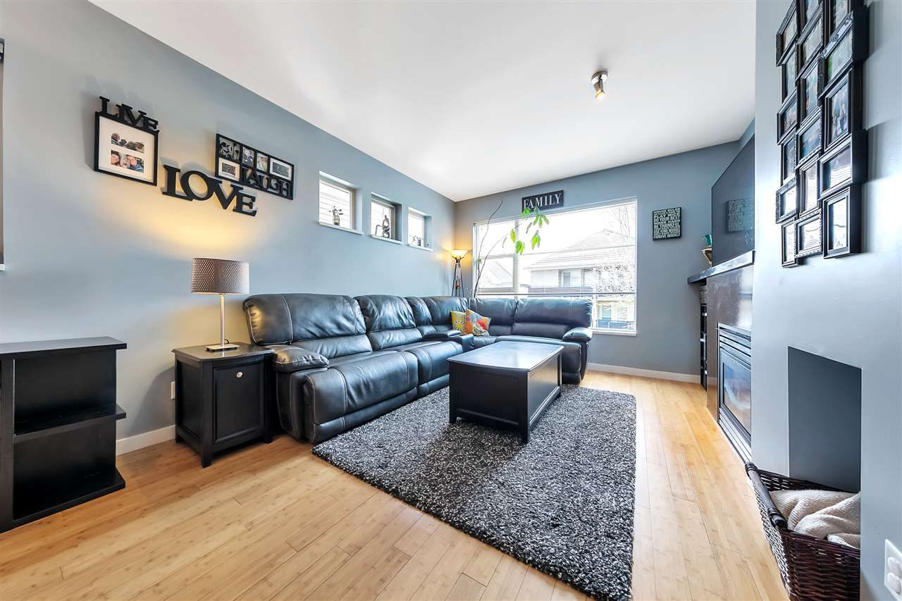 """Main Photo: 16 6033 168 Street in Surrey: Cloverdale BC Townhouse for sale in """"CHESTNUT"""" (Cloverdale)  : MLS®# R2551904"""