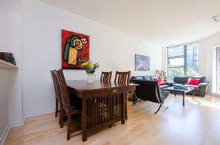 Photo 1: 215 2263 REDBUD Lane in Vancouver West: Home for sale : MLS®# R2185495