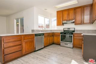 Photo 15: 210 E Avenue R2 in Palmdale: Residential for sale (PLM - Palmdale)  : MLS®# DW21157586