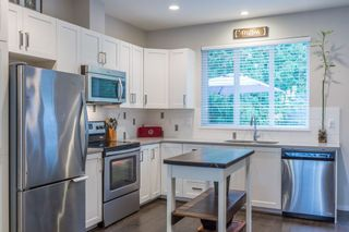 Photo 8: 37 5858 142ND STREET in Surrey: Sullivan Station Home for sale ()  : MLS®# R2154644
