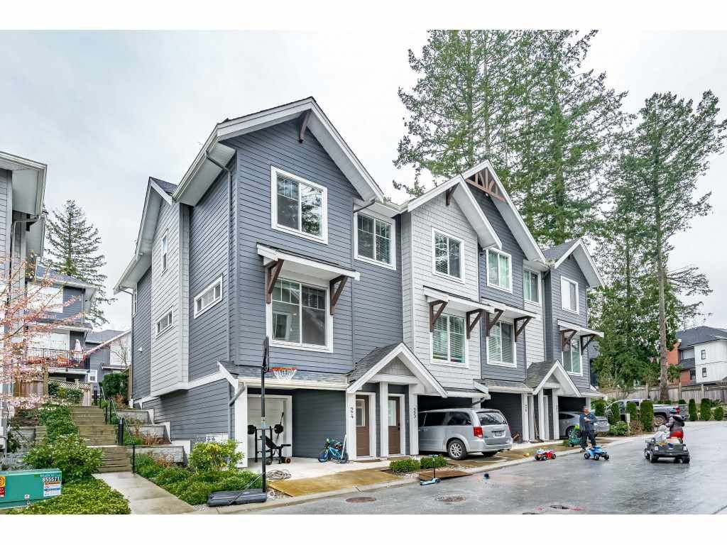 """Main Photo: 24 2855 158 Street in Surrey: Grandview Surrey Townhouse for sale in """"OLIVER"""" (South Surrey White Rock)  : MLS®# R2561310"""