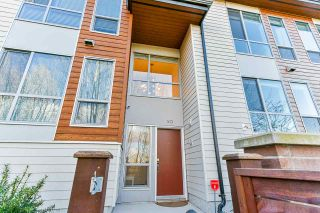 """Photo 2: 30 15775 MOUNTAIN VIEW Drive in Surrey: Grandview Surrey Townhouse for sale in """"Grandview"""" (South Surrey White Rock)  : MLS®# R2565127"""