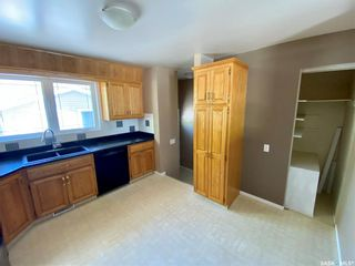 Photo 4: 5272 2nd Avenue North in Regina: Normanview Residential for sale : MLS®# SK855012