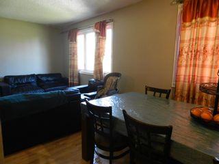 Photo 16: 196 MILLBOURNE Road E in Edmonton: Zone 29 House Half Duplex for sale : MLS®# E4246169