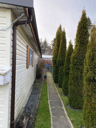 Photo 43: 2091 Stadacona Dr in : CV Comox (Town of) Manufactured Home for sale (Comox Valley)  : MLS®# 863711