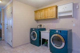 Photo 13: 902 HERRMANN Street in Coquitlam: Meadow Brook House for sale : MLS®# R2078313