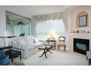 """Photo 3: 41 22488 116TH Avenue in Maple Ridge: East Central Townhouse for sale in """"RICHMOND HILL ESTATES"""" : MLS®# V799040"""