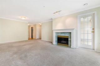 "Photo 5: 201 15350 19A Avenue in Surrey: King George Corridor Condo for sale in ""STRATFORD GARDENS"" (South Surrey White Rock)  : MLS®# R2465076"