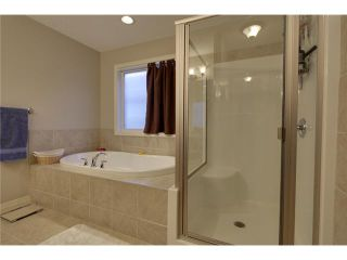 Photo 9: 40 SUNSET Terrace: Cochrane Residential Detached Single Family for sale : MLS®# C3642383