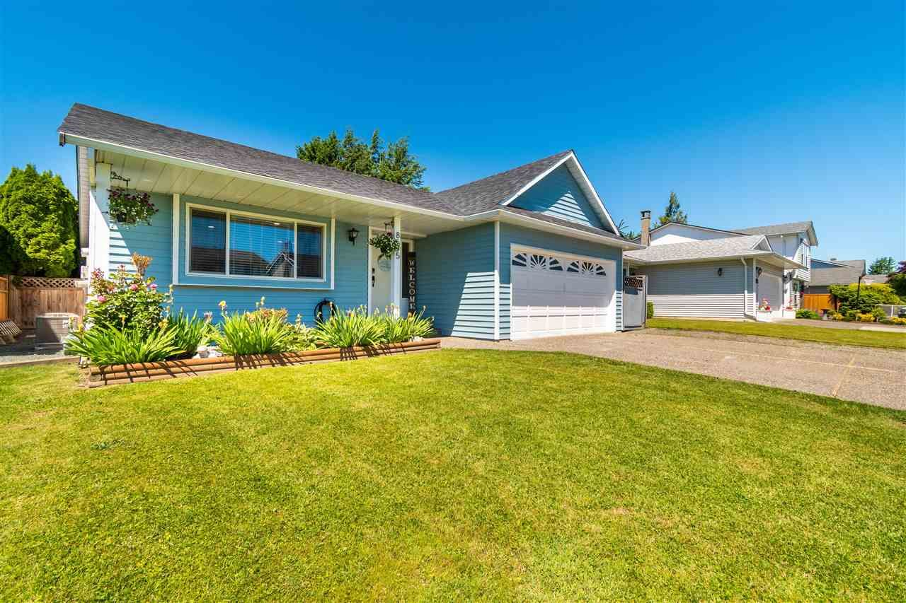 Main Photo: 8695 TILSTON Street in Chilliwack: Chilliwack E Young-Yale House for sale : MLS®# R2588024