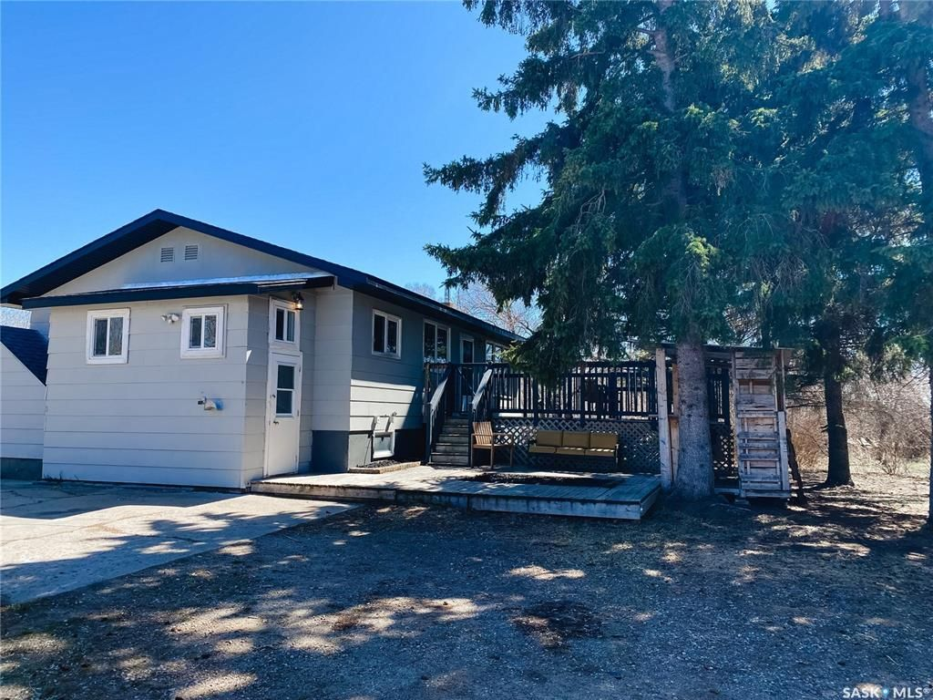 Main Photo: 818 Lempereur Road in Buckland: Residential for sale (Buckland Rm No. 491)  : MLS®# SK852592
