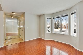Photo 4: 36 SHAWINIGAN Drive SW in Calgary: Shawnessy Detached for sale : MLS®# A1009560