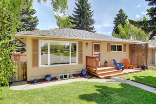 Photo 2: 2 Kelwood Crescent SW in Calgary: Glendale Detached for sale : MLS®# A1114771