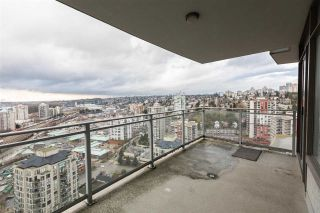"Photo 9: 3208 892 CARNARVON Street in New Westminster: Downtown NW Condo for sale in ""Azure II"" : MLS®# R2533598"
