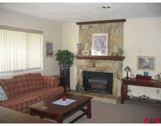 Photo 5:  in Walnut Grove: Home for sale : MLS®# f2716342