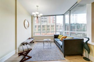 "Photo 6: 303 2978 GLEN Drive in Coquitlam: North Coquitlam Condo for sale in ""Grand Central by Intergulf"" : MLS®# R2422757"