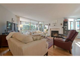 """Photo 5: 104 15111 RUSSELL Avenue: White Rock Condo for sale in """"Pacific Terrace"""" (South Surrey White Rock)  : MLS®# F1411286"""