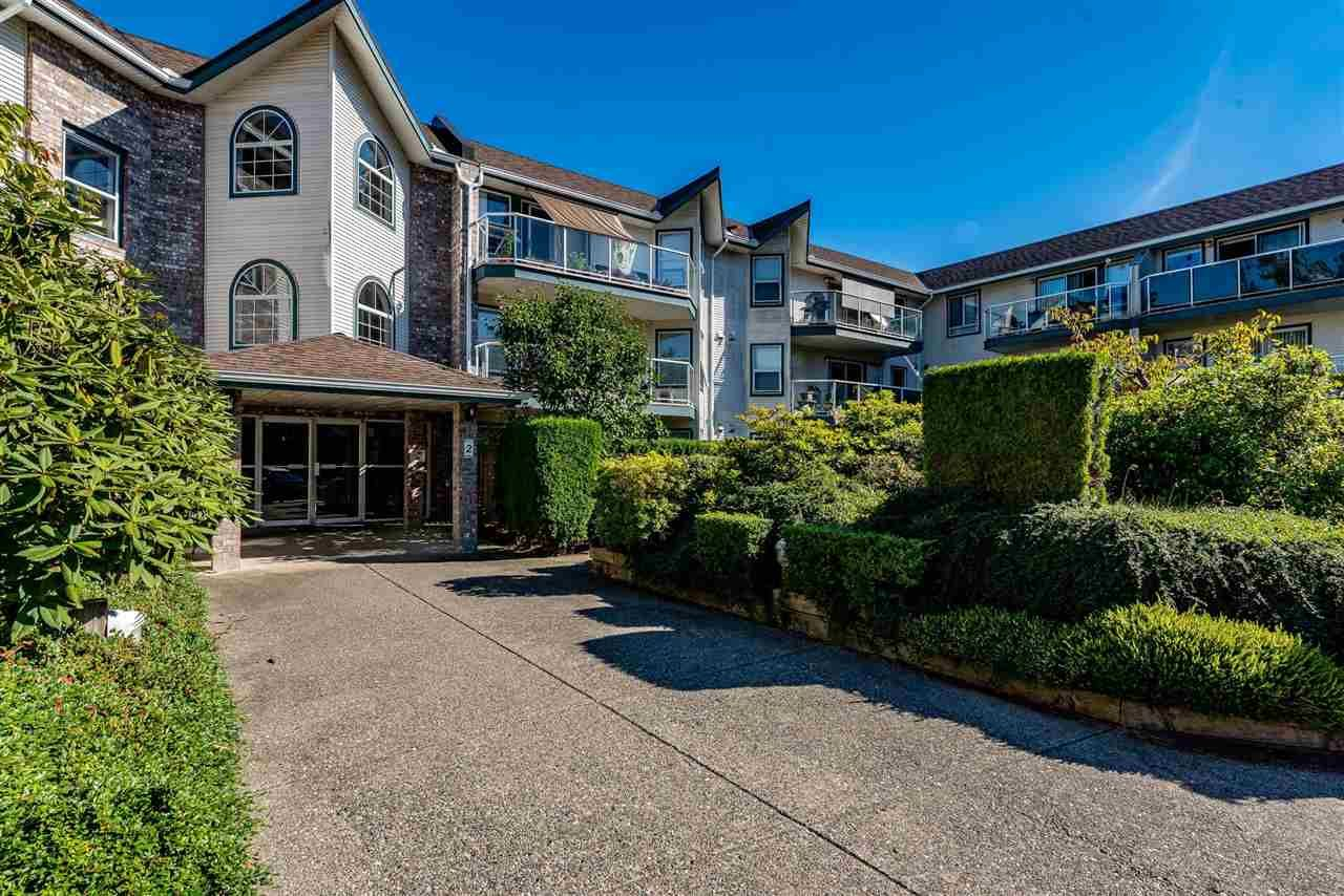 "Main Photo: 320 27358 N 32 Avenue in Langley: Aldergrove Langley Condo for sale in ""Willow Creek Estates"" : MLS®# R2522636"