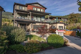 Main Photo: 40252 ARISTOTLE Drive in Squamish: University Highlands House for sale : MLS®# R2429560