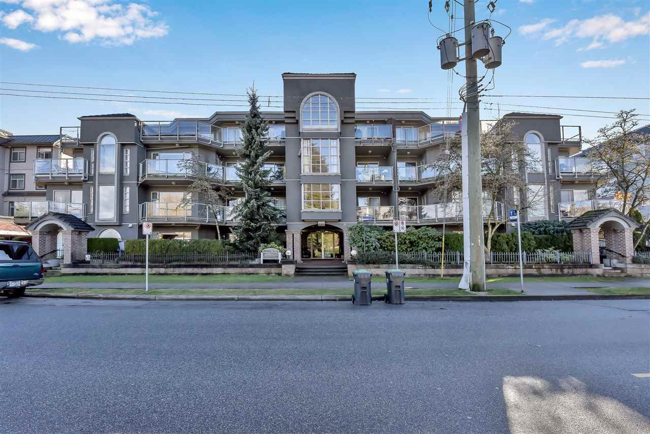 """Main Photo: 301 2360 WILSON Avenue in Port Coquitlam: Central Pt Coquitlam Condo for sale in """"RIVERWYND"""" : MLS®# R2542399"""