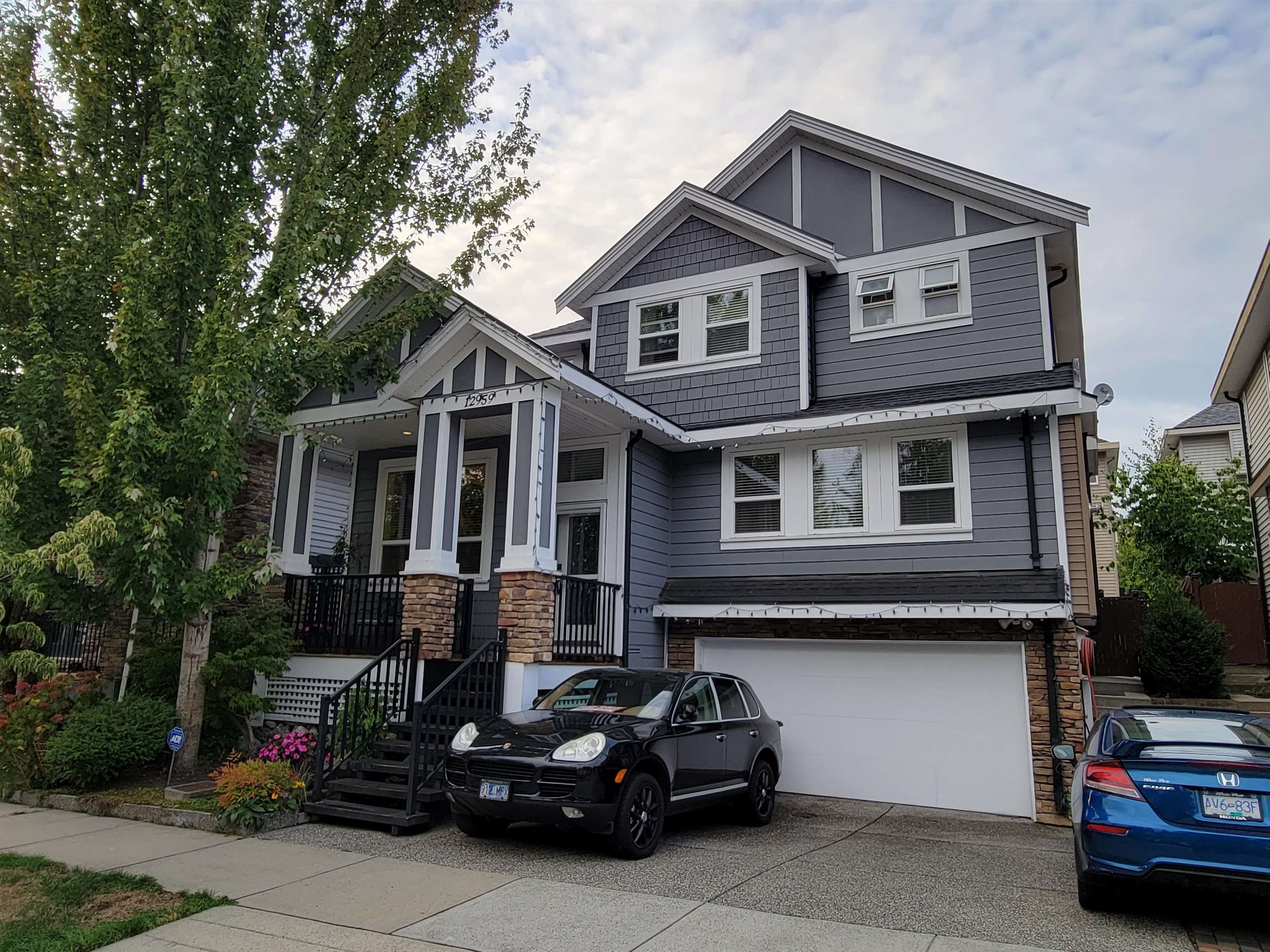 Main Photo: 12959 58A Avenue in Surrey: Panorama Ridge House for sale : MLS®# R2615002
