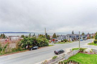 """Photo 8: 15765 PACIFIC Avenue: White Rock House for sale in """"White Rock"""" (South Surrey White Rock)  : MLS®# R2582579"""