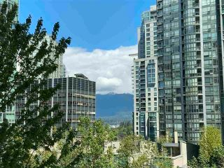 """Photo 10: 405 1200 ALBERNI Street in Vancouver: West End VW Condo for sale in """"Palisades"""" (Vancouver West)  : MLS®# R2612011"""