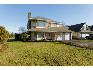 Photo 2: 8994 157TH Street in Surrey: Fleetwood Tynehead House for sale : MLS®# F1430432
