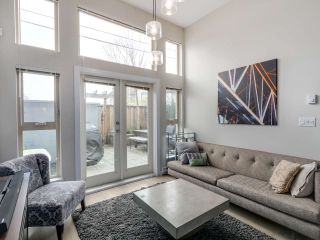 """Photo 33: 106 3688 INVERNESS Street in Vancouver: Knight Condo for sale in """"Charm"""" (Vancouver East)  : MLS®# R2045908"""