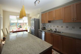 Photo 4: 225 3105 DAYANEE SPRINGS BL BOULEVARD in Coquitlam: Westwood Plateau Townhouse for sale : MLS®# R2138549