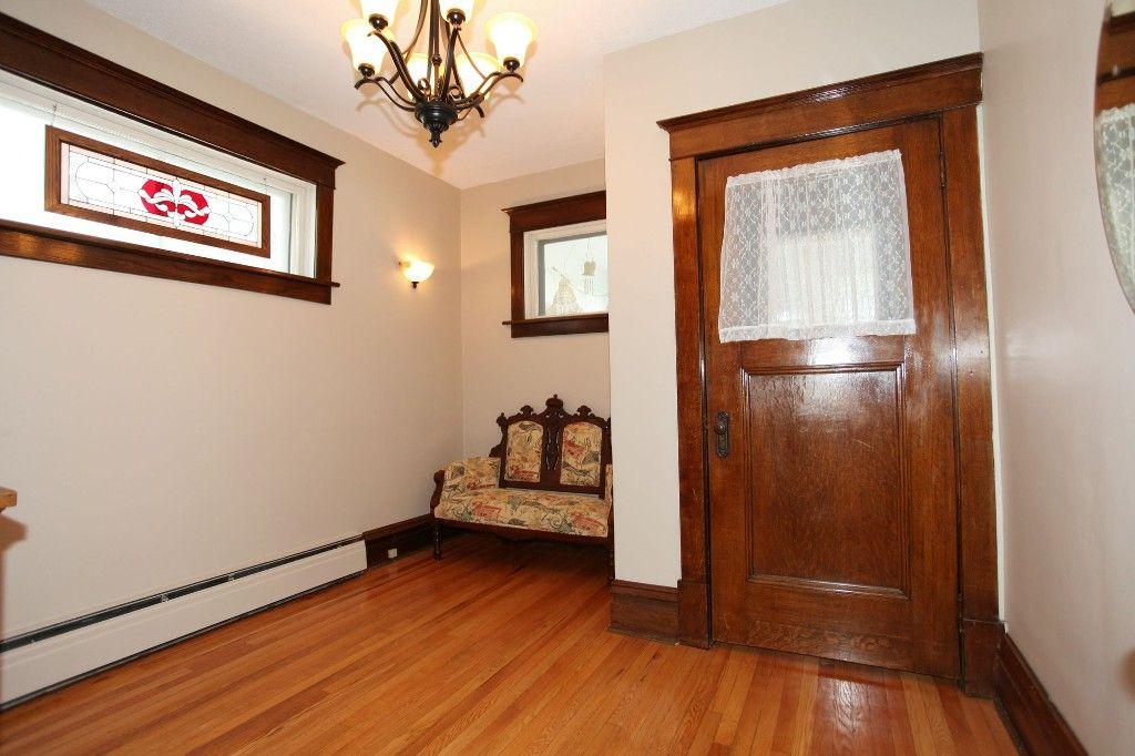 Photo 5: Photos: 118 Home Street in Winnipeg: Wolseley Duplex for sale (West Winnipeg)  : MLS®# 1308790
