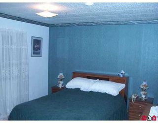 """Photo 6: 8254 134 Street in Surrey: Queen Mary Park Surrey Manufactured Home for sale in """"Westwood Estates"""" : MLS®# F2622406"""