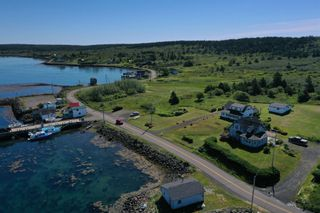 Photo 5: 427 OVERCOVE Road in Freeport: 401-Digby County Residential for sale (Annapolis Valley)  : MLS®# 202117284