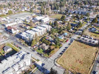 Photo 4: 12060 EDGE Street in Maple Ridge: East Central Duplex for sale : MLS®# R2535359
