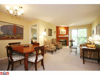"""Photo 3: 215 5765 GLOVER Road in Langley: Langley City Condo for sale in """"COLLEGE COURT"""" : MLS®# F1013966"""