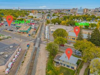 Photo 4: 133 H Avenue South in Saskatoon: Riversdale Residential for sale : MLS®# SK867409