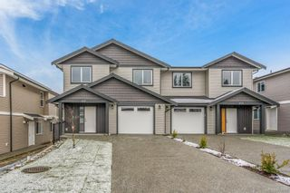 Photo 1: 455 Silver Mountain Dr in : Na South Nanaimo Half Duplex for sale (Nanaimo)  : MLS®# 863967