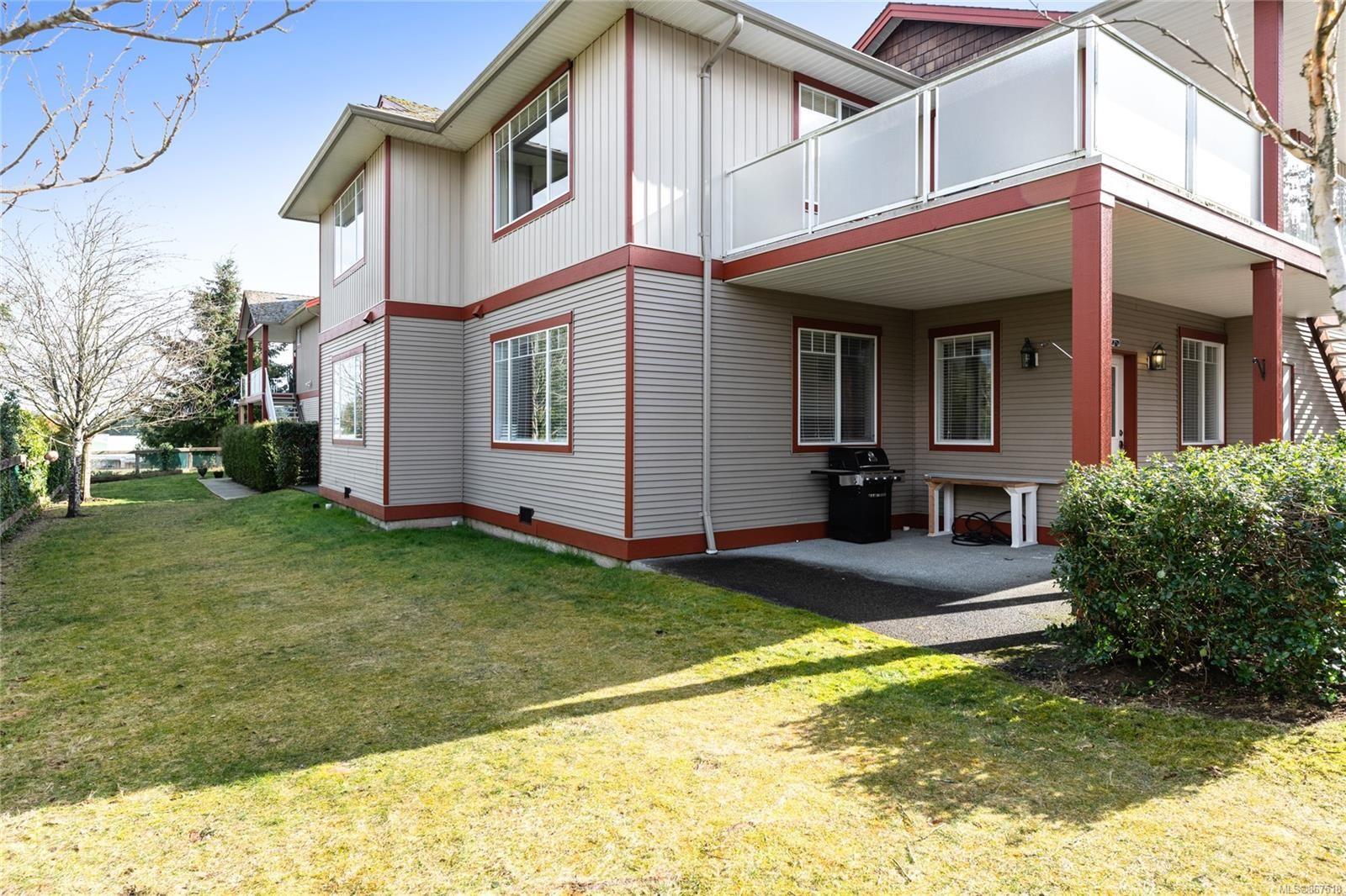 Main Photo: 6028 Leah Lane in : Na North Nanaimo Row/Townhouse for sale (Nanaimo)  : MLS®# 867518