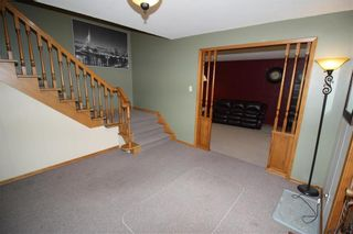 Photo 5: 30 East Gate in Winnipeg: Armstrong's Point Residential for sale (1C)  : MLS®# 202118460