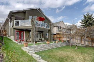 Photo 2: 55 Sienna Heights Way SW in Calgary: Signal Hill Detached for sale : MLS®# C4243524