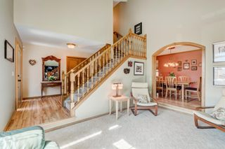 Photo 5: 220 Edelweiss Place NW in Calgary: Edgemont Detached for sale : MLS®# A1090654