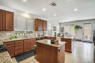Photo 19: SANTEE House for sale : 5 bedrooms : 10018 Merry Brook Trl