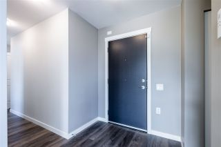 """Photo 3: 100 3289 RIVERWALK Avenue in Vancouver: South Marine Condo for sale in """"R & R"""" (Vancouver East)  : MLS®# R2470251"""