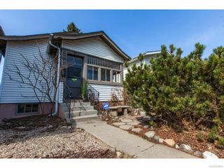 Photo 1: 911 F Avenue North in Saskatoon: Caswell Hill Single Family Dwelling for sale (Saskatoon Area 04)  : MLS®# 604471