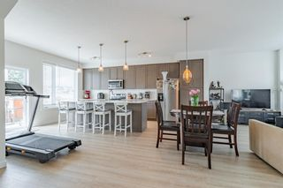 Photo 12: 145 Shawnee Common SW in Calgary: Shawnee Slopes Row/Townhouse for sale : MLS®# A1097036