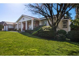 Photo 2: 34888 SKYLINE Drive in Abbotsford: Abbotsford East House for sale : MLS®# R2567738